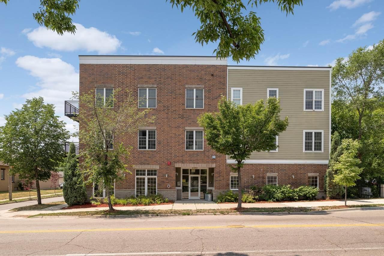 2850 Cedar Avenue - Photo 1