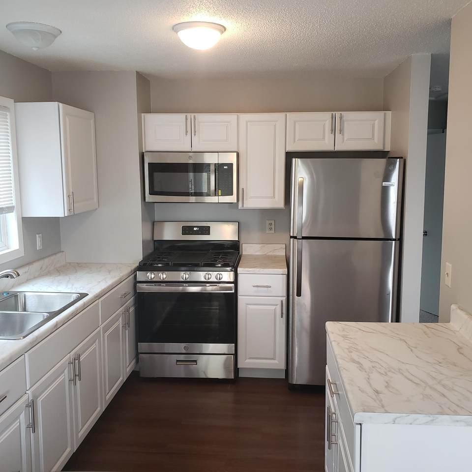 2736 17th Avenue - Photo 1