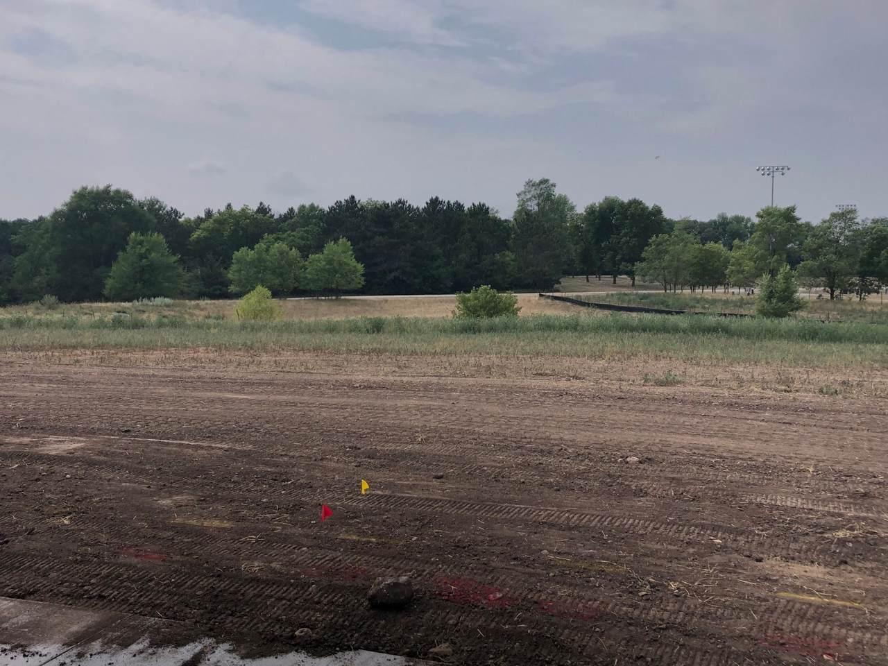 21 Meadow Lane - Photo 1