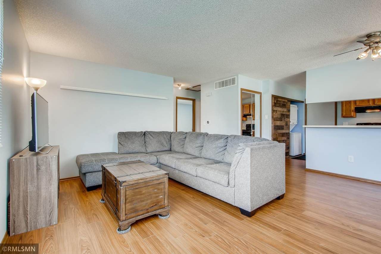 8981 Underwood Lane - Photo 1