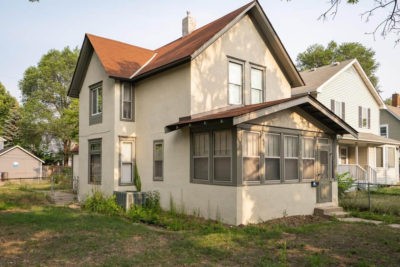 3228 Cedar Avenue - Photo 1
