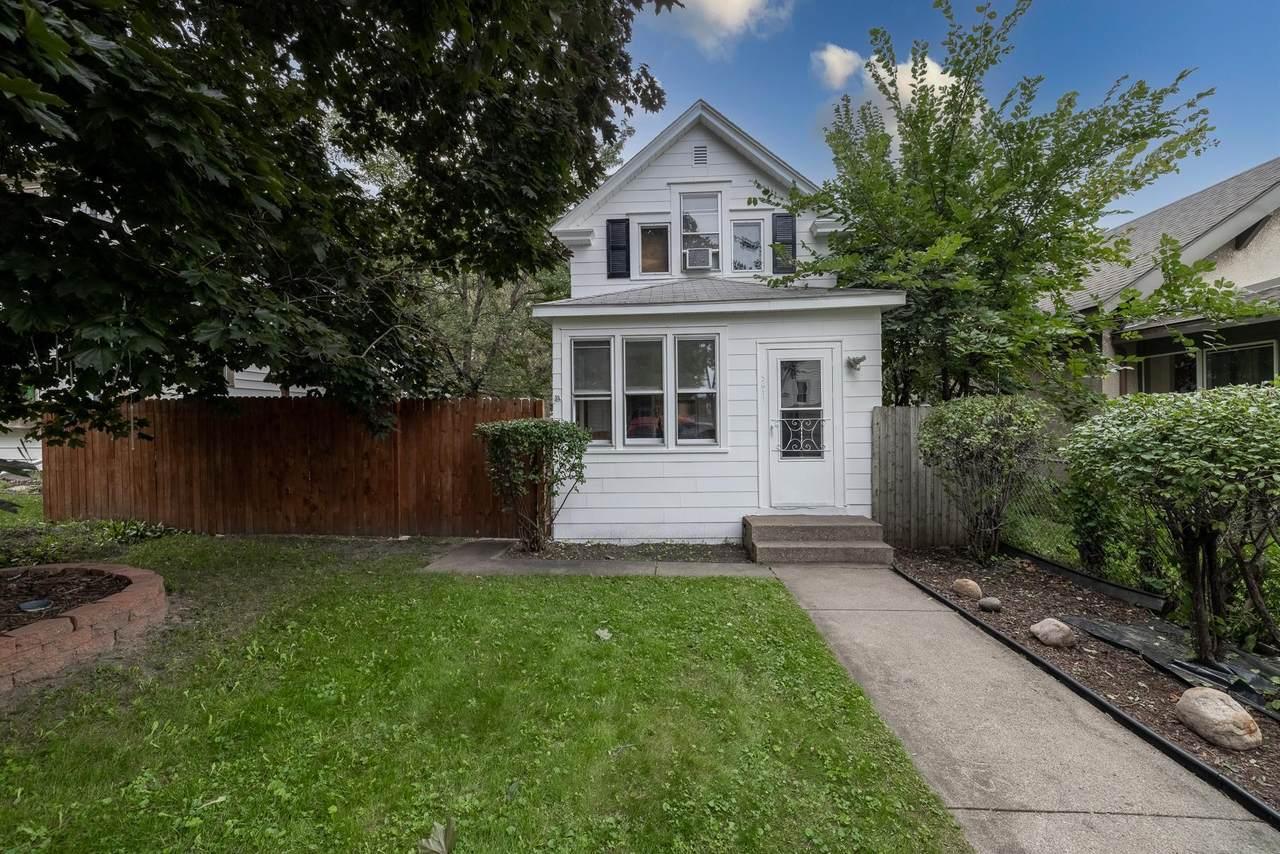 3611 Girard Avenue - Photo 1