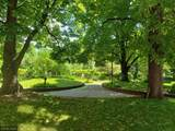 1201 Yale Place - Photo 33
