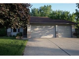 6371 11th Street N, Oakdale, MN 55128 (#4835376) :: Team Firnstahl