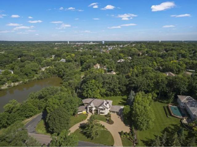6512 Parkwood Road, Edina, MN 55436 (#4846367) :: The Search Houses Now Team