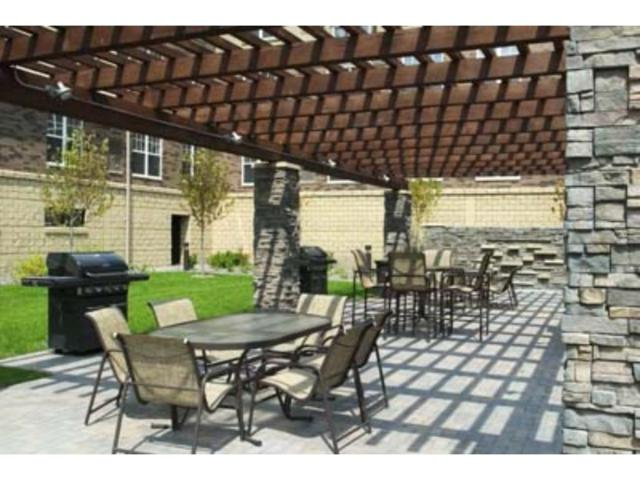 13580 Technology Drive #3215, Eden Prairie, MN 55344 (#4865149) :: House Hunters Minnesota- Keller Williams Classic Realty NW