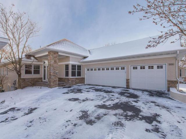 986 Nine Mile Cove E, Hopkins, MN 55343 (#4897936) :: Hergenrother Group