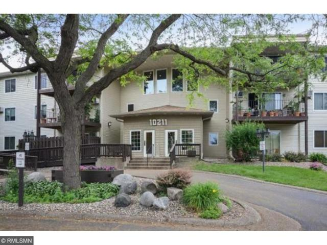 10211 Cedar Lake Road #105, Minnetonka, MN 55305 (#4908475) :: The Sarenpa Team