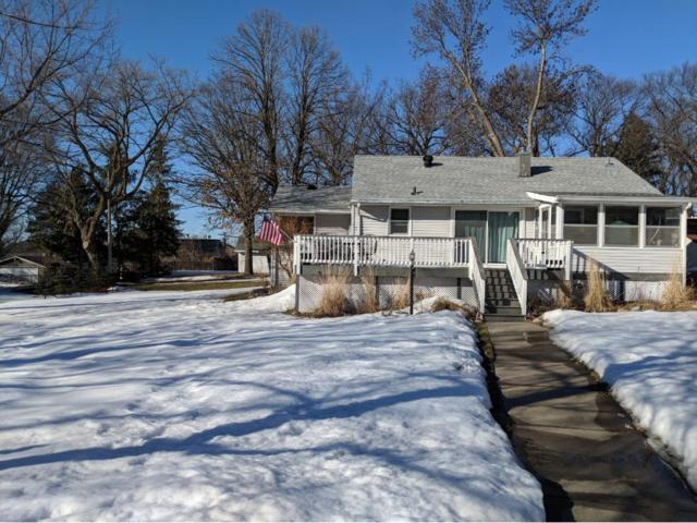 868 9th Avenue SE, Forest Lake, MN 55025 (#4917605) :: The Odd Couple Team