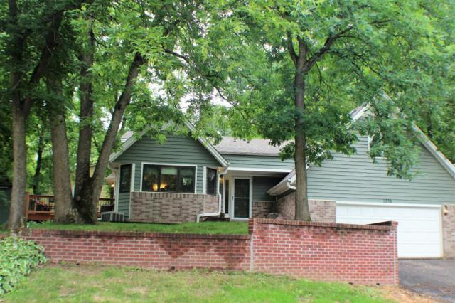 1075 Kirkwood Drive, Eagan, MN 55123 (#4923900) :: The Snyder Team