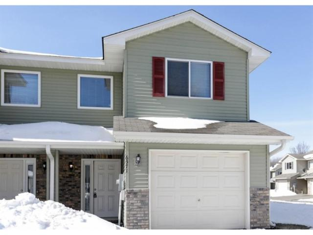 6371 Upper 13th Street N, Oakdale, MN 55128 (#4939917) :: The Snyder Team