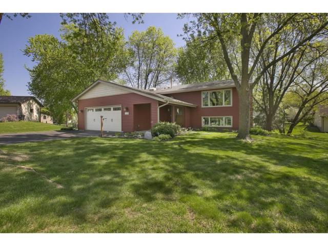 7109 Park View Lane, Eden Prairie, MN 55346 (#4948740) :: Team Winegarden