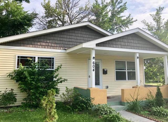 604 Wells Street, Saint Paul, MN 55130 (#4971173) :: Olsen Real Estate Group