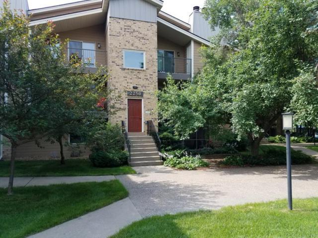 2250 Ridge Drive #34, Saint Louis Park, MN 55416 (#4973263) :: The Preferred Home Team