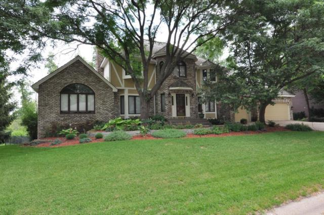 1069 W Royal Oaks Drive, Shoreview, MN 55126 (#4976932) :: The Snyder Team