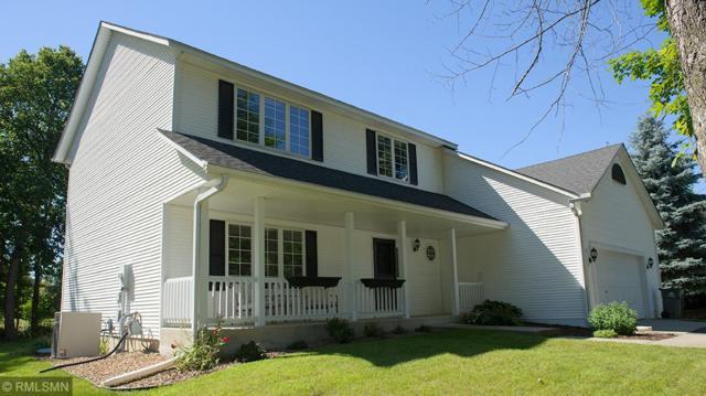 9128 Briarglen Road, Eden Prairie, MN 55347 (#4982036) :: Team Winegarden