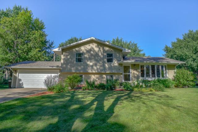 4003 Crestwood Place, White Bear Lake, MN 55110 (#4982041) :: The Snyder Team
