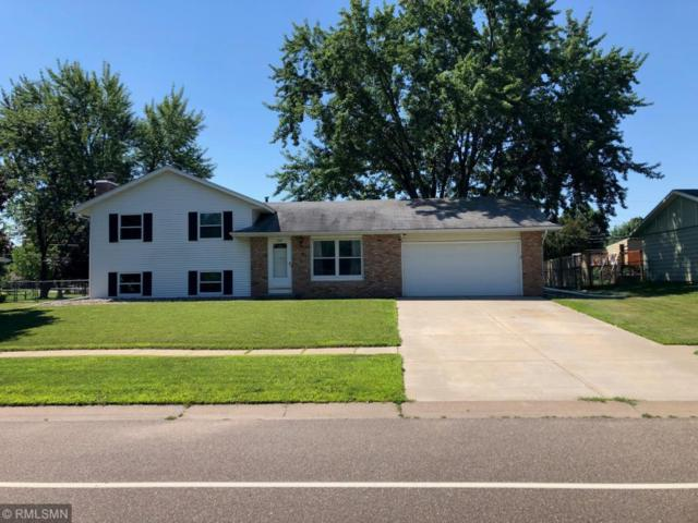 830 Whitney Drive, Apple Valley, MN 55124 (#4982808) :: The Snyder Team