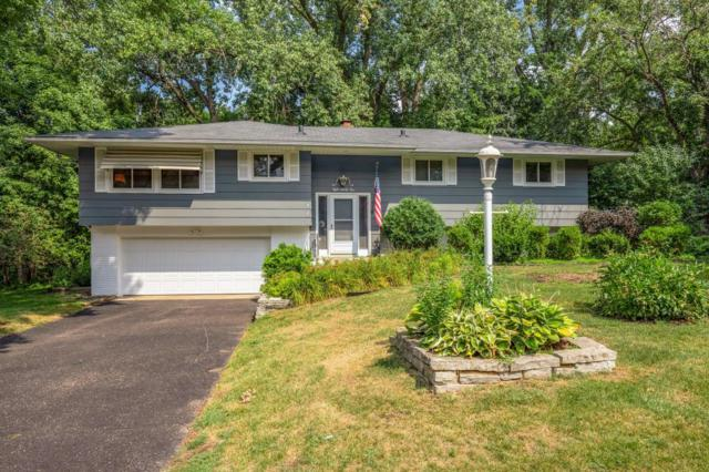 821 Hilltop Road, Mendota Heights, MN 55118 (MLS #4991740) :: The Hergenrother Realty Group