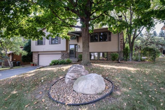 8952 Darnel Road, Eden Prairie, MN 55347 (#4998367) :: Team Winegarden
