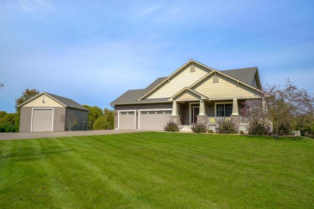 826 Hillside Trail, Hudson, WI 54016 (#5000062) :: Olsen Real Estate Group