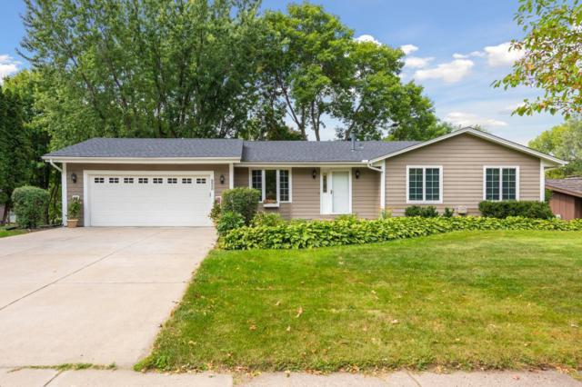 9500 Briar Road, Bloomington, MN 55437 (#5003121) :: Team Winegarden