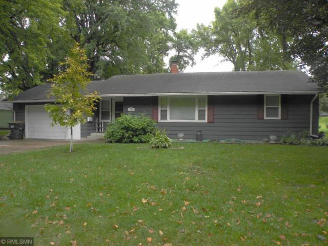 630 Milwaukee Avenue SW, Hutchinson, MN 55350 (#5007766) :: The Snyder Team