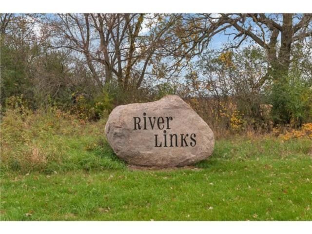 1907 River Links Drive, Cold Spring, MN 56320 (#5021365) :: The MN Team