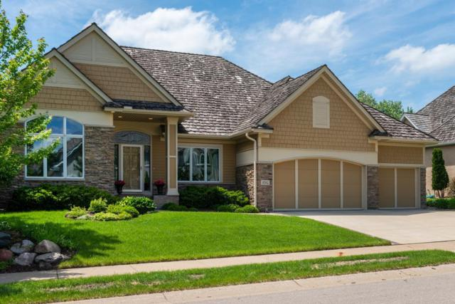 10542 Prairie Lakes Drive, Eden Prairie, MN 55344 (#5026838) :: The MN Team