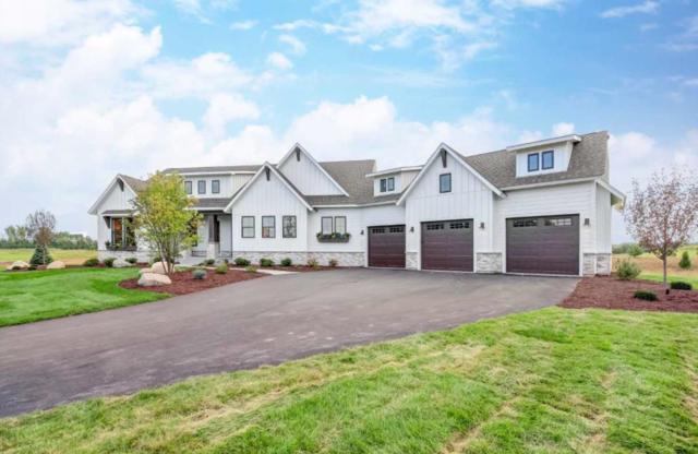 5746 Kelvin Avenue, Lake Elmo, MN 55042 (#5027655) :: Olsen Real Estate Group