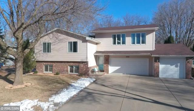 6881 Redwing Lane, Chanhassen, MN 55317 (#5146247) :: The Sarenpa Team