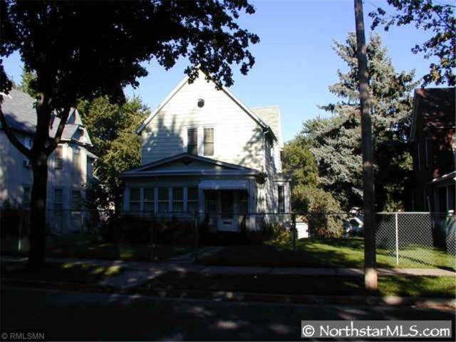 2122 Dupont Avenue N, Minneapolis, MN 55411 (#5146422) :: House Hunters Minnesota- Keller Williams Classic Realty NW