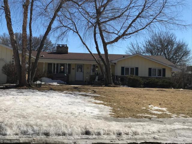 7449 W Shore Drive, Edina, MN 55435 (#5202726) :: The Preferred Home Team