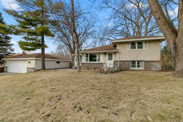 7716 Glasgow Drive, Edina, MN 55439 (#5206580) :: The Odd Couple Team