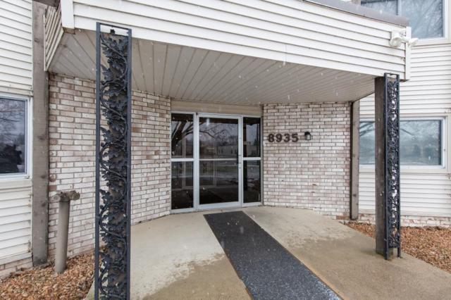 8935 Old Cedar Avenue S #109, Bloomington, MN 55425 (#5210569) :: The Michael Kaslow Team