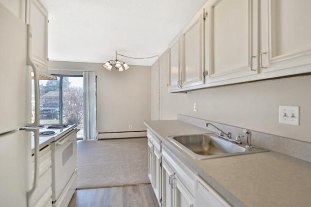818 Old Settlers Trail #1, Hopkins, MN 55343 (#5215646) :: Hergenrother Group