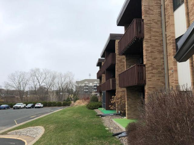2700 Oxford Street N #106, Roseville, MN 55113 (#5219473) :: MN Realty Services