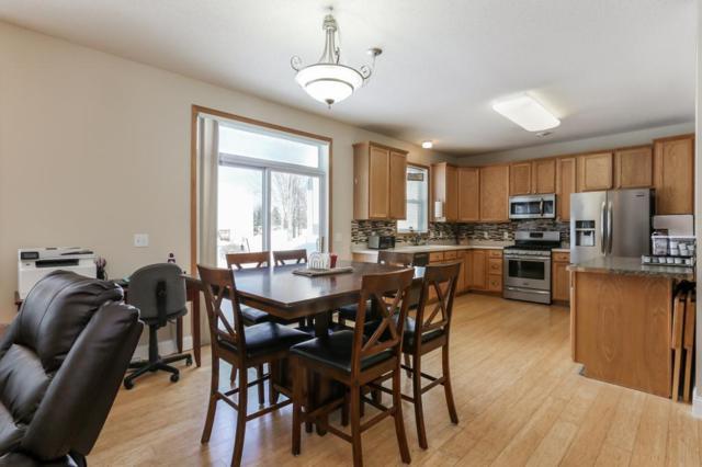 810 Newberry Lane, Chaska, MN 55318 (#5236389) :: The Janetkhan Group