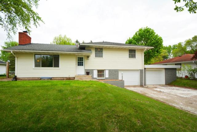 8597 Imperial Avenue S, Cottage Grove, MN 55016 (#5236809) :: Olsen Real Estate Group