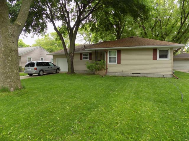 129 W Circle Drive, Blue Earth, MN 56013 (#5238247) :: The Odd Couple Team