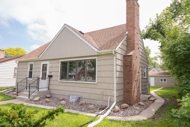 4014 Dupont Avenue N, Minneapolis, MN 55412 (#5248741) :: The Preferred Home Team