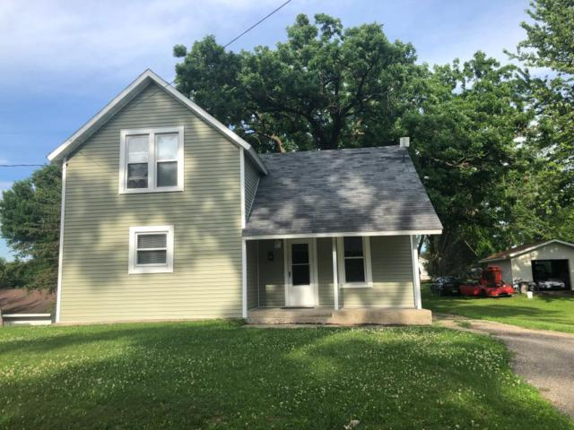 218 Cottrill Street N, Waterville, MN 56096 (#5253387) :: The Odd Couple Team
