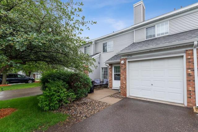3734 Little Linden Curve, White Bear Lake, MN 55110 (#5261353) :: Olsen Real Estate Group