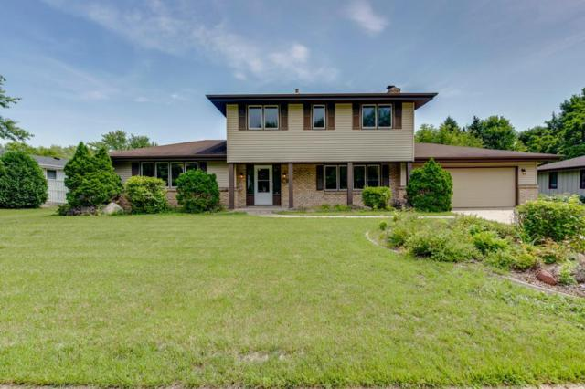 9633 Toledo Road, Bloomington, MN 55437 (#5262375) :: Hergenrother Group