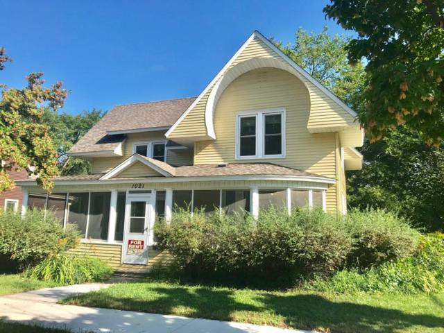 1021 Main Street E, Menomonie, WI 54751 (MLS #5278904) :: The Hergenrother Realty Group