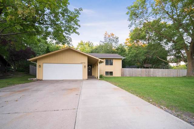 12233 Allen Drive, Burnsville, MN 55337 (#5288154) :: HergGroup Northwest
