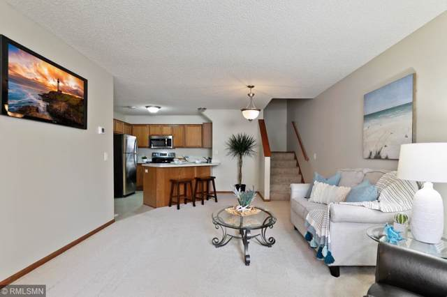 8622 Quarry Ridge Lane E, Woodbury, MN 55125 (MLS #5292601) :: The Hergenrother Realty Group