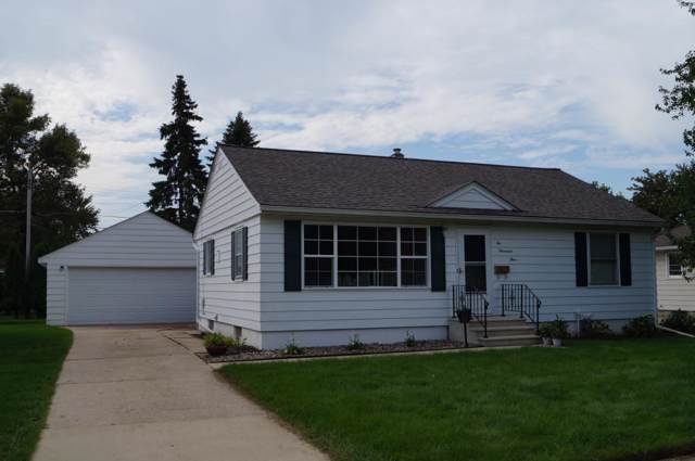 2004 2nd Avenue SE, Austin, MN 55912 (MLS #5294331) :: The Hergenrother Realty Group