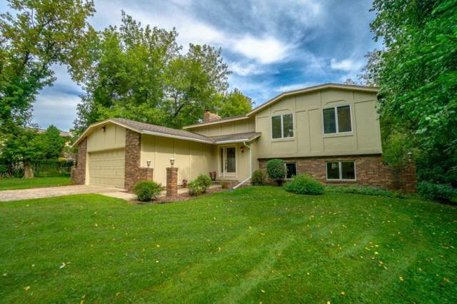 5051 Hilltop Avenue N, Lake Elmo, MN 55042 (MLS #5295167) :: The Hergenrother Realty Group