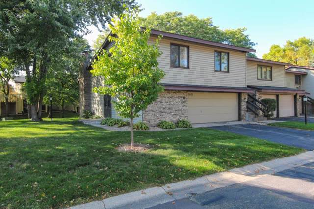 5481 Hyland Courts Drive, Bloomington, MN 55437 (MLS #5296006) :: The Hergenrother Realty Group